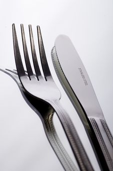 Free Knife And Fork On White Stock Image - 2787061