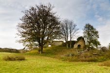 Free Mitford Castle Keep Remains Royalty Free Stock Photography - 27803977