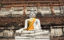 Free Ancient White Buddha Statue Royalty Free Stock Photos - 27804978