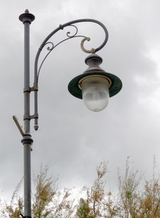 Free Street Lamp Royalty Free Stock Photos - 27806498
