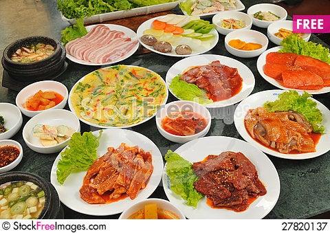 Free Korean Cuisine Royalty Free Stock Photography - 27820137