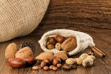 Free Mix Nuts In A Burlap Bag Stock Image - 27828141