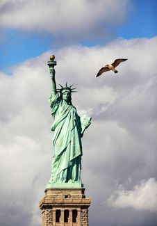 Free Statue Of Liberty Royalty Free Stock Photo - 27834255