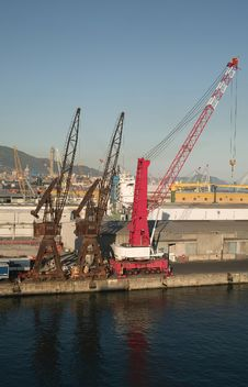 Free Genova Royalty Free Stock Photography - 27847827