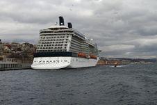 Free Cruise Ship Royalty Free Stock Images - 27869659