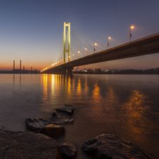 Free South Bridge In Kiev Stock Images - 27883254
