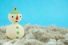 Free Christmas Snowman Royalty Free Stock Photo - 27894625