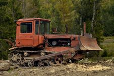 Free Bulldozer Royalty Free Stock Image - 27894996