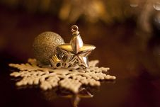 Free Christmas Decorations Stock Photography - 27896332