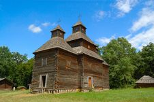 Free Old Wooden Church Royalty Free Stock Images - 2793199