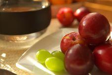 Free Fresh Fruits Royalty Free Stock Photo - 2794995