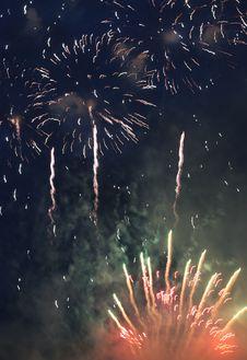 Free Festival Firework Royalty Free Stock Photos - 2799848