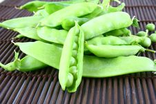 Free Green Pea Royalty Free Stock Images - 2799899