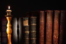Free Old Books Stock Photos - 27922783