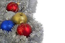 Free Christmas Balls And Garland Royalty Free Stock Photography - 27930067