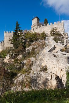 Free Castle In San Marino Stock Image - 27935681