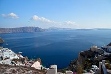 Free Santorini Caldera View Royalty Free Stock Images - 27941479