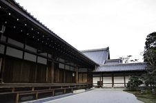Free Sub Temple In Kinkakuji Royalty Free Stock Photography - 27944437