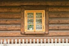 Free Window Of A Old Wooden Cottage Royalty Free Stock Photo - 27953165