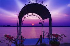 Free Arch Of Sunset Over The Mekong River. Royalty Free Stock Photo - 27956625