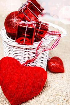 Free Woolen Heart Royalty Free Stock Photo - 27957625