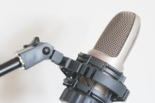 Free Condenser Microphone Royalty Free Stock Photos - 27960028
