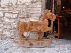 Free Rocking Horse Royalty Free Stock Photos - 27960568