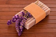 Free Lavender Soap With Blossoms Royalty Free Stock Image - 27960896