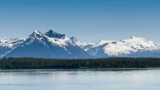 Free Alaska S Mountain Range Stock Image - 27962411