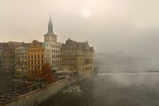 Free Fog Over The River Vltava In Prague Stock Images - 27967654