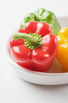 Free Bell Peppers In A Bowl Royalty Free Stock Photos - 27969328