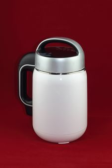 Free Soymilk Machine Royalty Free Stock Photos - 27970308