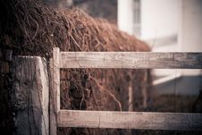 Free Old Fence Royalty Free Stock Photo - 27974805