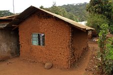 Free Mud House In Africa Stock Photography - 27980602