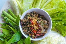 Free Spicy Minced Pork Chop Salad Royalty Free Stock Photo - 27985125
