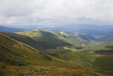Free Carpathian Mountains Royalty Free Stock Images - 27987489