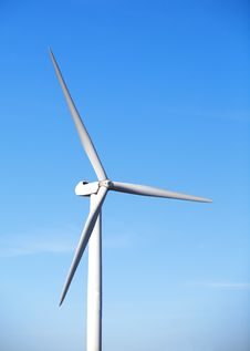 Free Wind Turbine Royalty Free Stock Images - 27990419