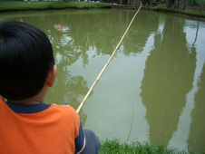 Free Little Boy Fishing 2 Royalty Free Stock Images - 281379