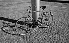 Free Lonely B&W Bike Stock Images - 282104