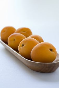 Free Apricots Royalty Free Stock Image - 2804076