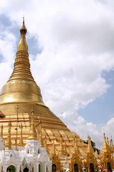 Free Shwedagon Pagoda Stock Photos - 2804193