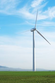 Free Wind Powered Generator Stock Photos - 2807123
