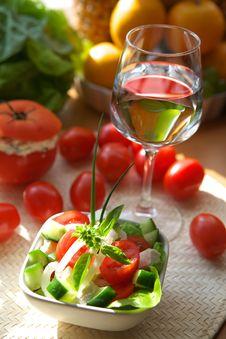 Free Vegetarian Appetizer Royalty Free Stock Images - 2807509