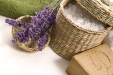 Free Lavender Bath Royalty Free Stock Images - 2808419