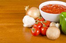Free Pasta Sauce Ingredients Stock Images - 28001874