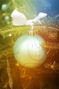 Free Christmas Ornament Royalty Free Stock Image - 28010376