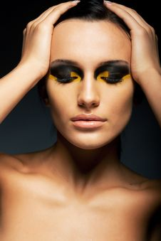 Free Woman, Closed Eyes - False Lashes, Bright Makeup Royalty Free Stock Photography - 28016237