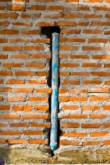 Free PVC Pipe In The Wall Royalty Free Stock Photography - 28030727