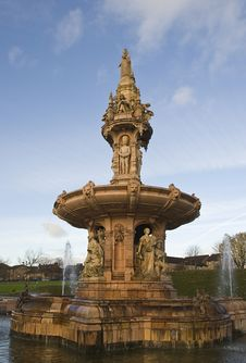 Free Doulton Fountain Stock Images - 28036824