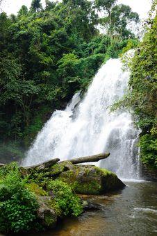 Free Waterfall Stock Image - 28046291